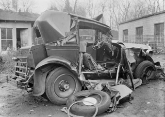 Accident at a Speed of 20 km/h of the 1930s